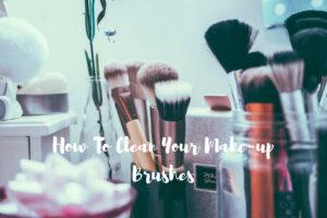 Καθάρισε τα πινέλα του μακιγιάζ σου εύκολα και γρήγορα!